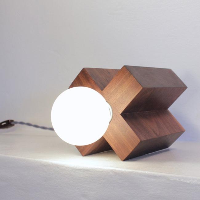 etsy luminaire nino shea lampe croix bois