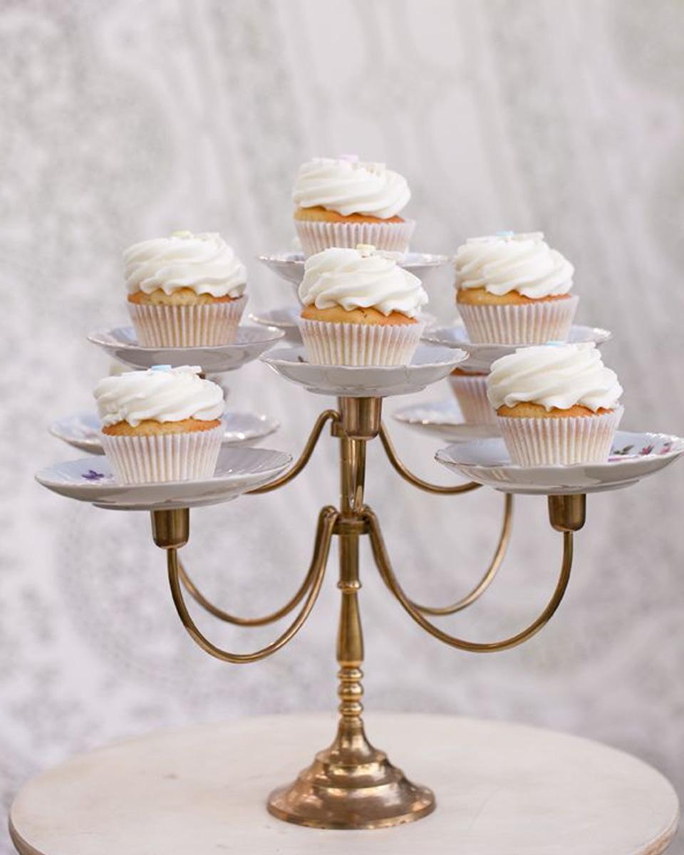 présentoir gâteau cake stand diy