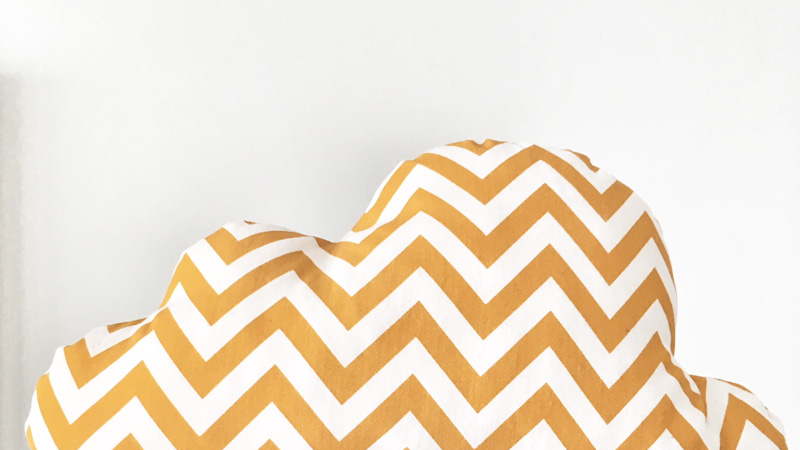 coussin nuage chevrons diy