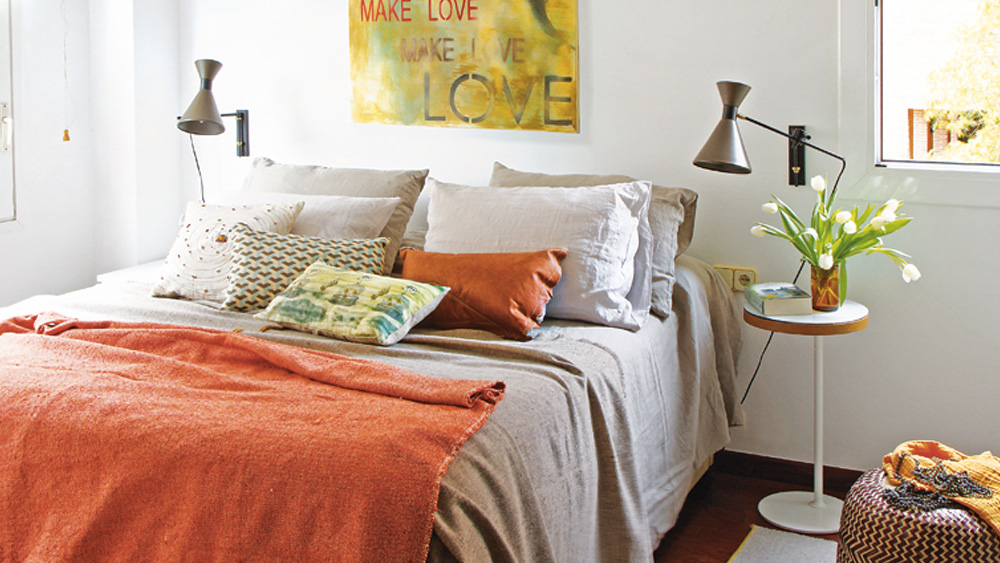 deco orange vintage