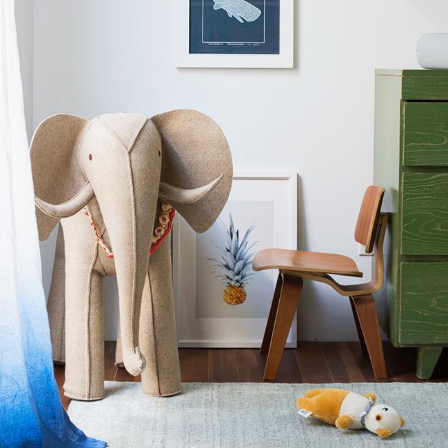 deco chambre bébé rose plage chaise bois