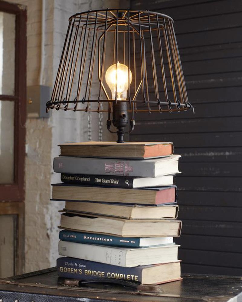 Faire Une Lampe De Chevet Soi Meme une lampe avec des livres diy   shake my blog