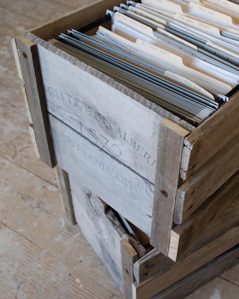 Que Faire Avec Des Palettes De Recuperation une caisse en bois diy avec une palette | shake my blog