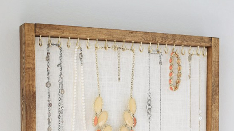 tableau porte bijoux diy