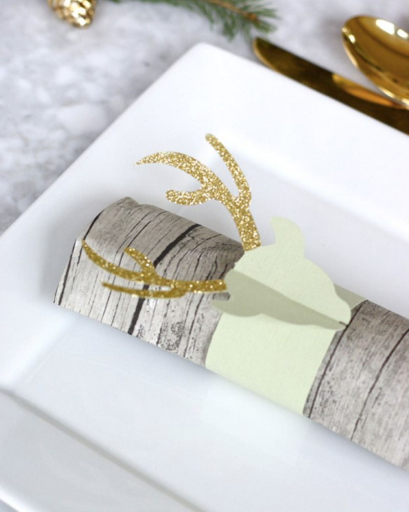 Rond De Serviette A Fabriquer Pour Noel un rond de serviette diy à paillettes pour noël | shake my blog