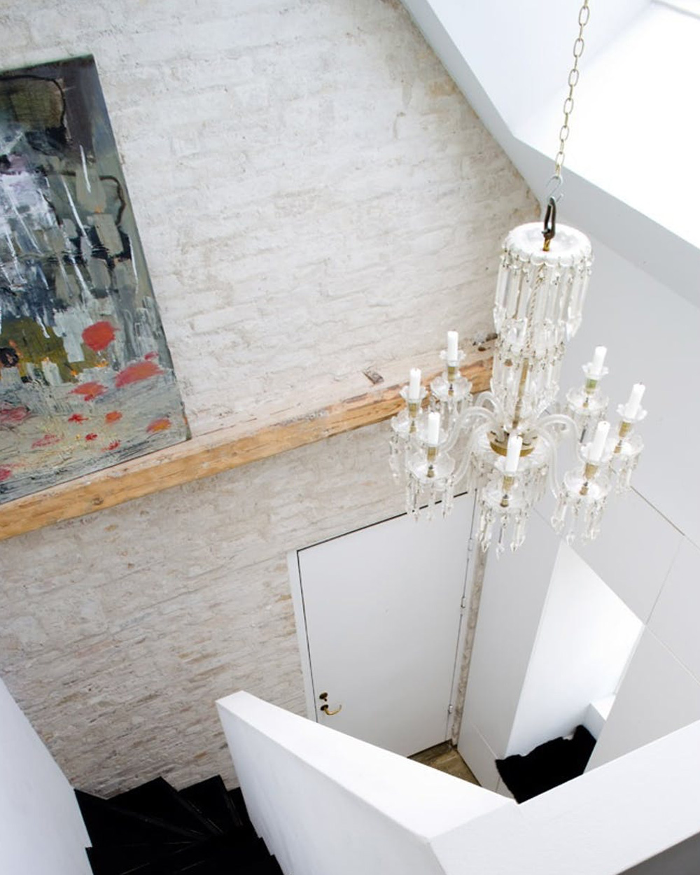 escalier contemporain blanc
