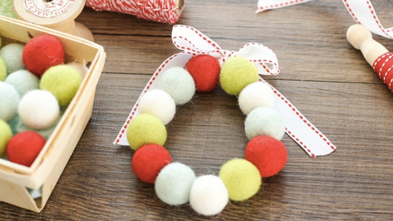 mini couronne noel laine diy