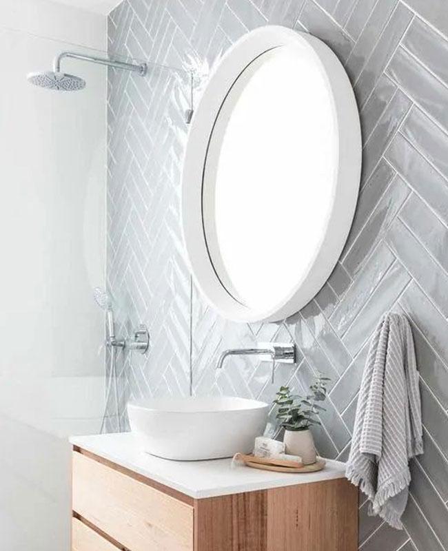 déco salle de bain scandinave petite vert d'eau