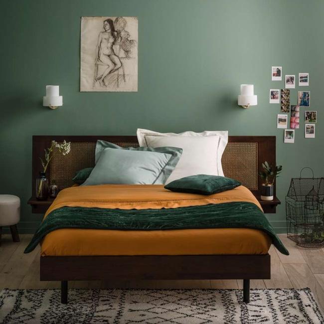 déco chambre parentale vintage vert bois