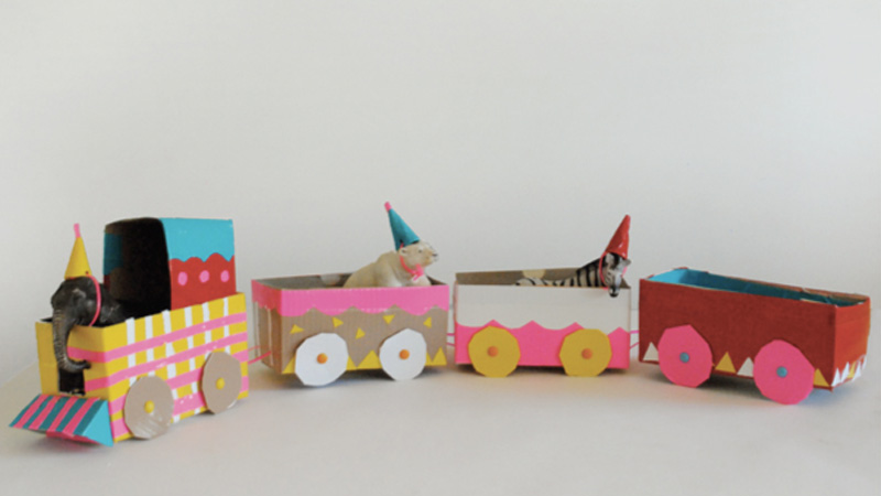 train carton enfant diy