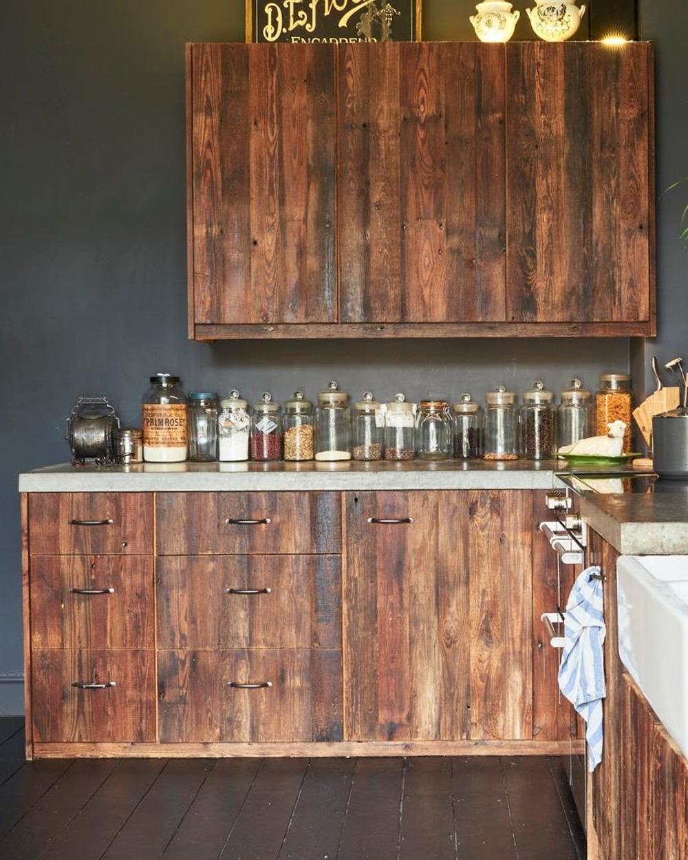 cuisine vintage façades bois