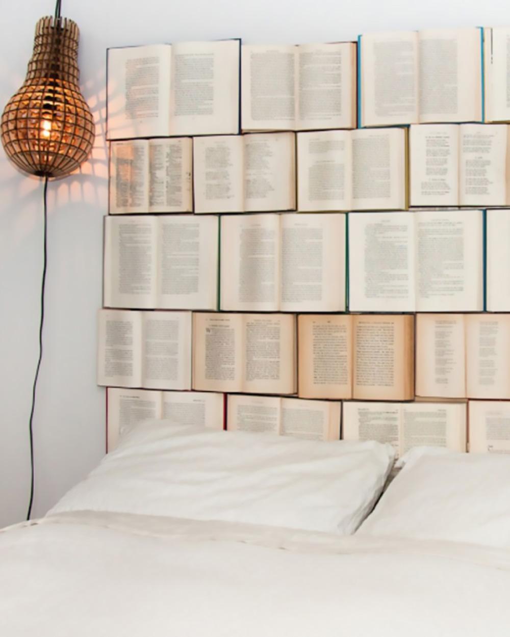 tête de lit diy livre