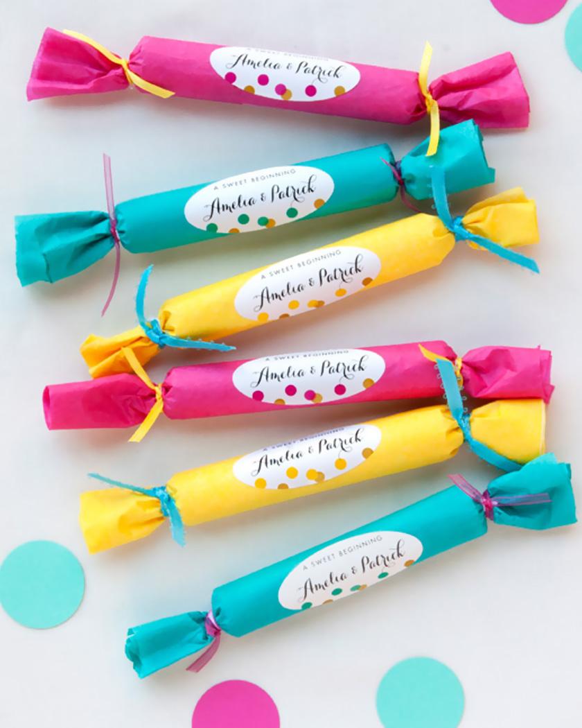 cadeau invite diy mariage étiquettes colorées