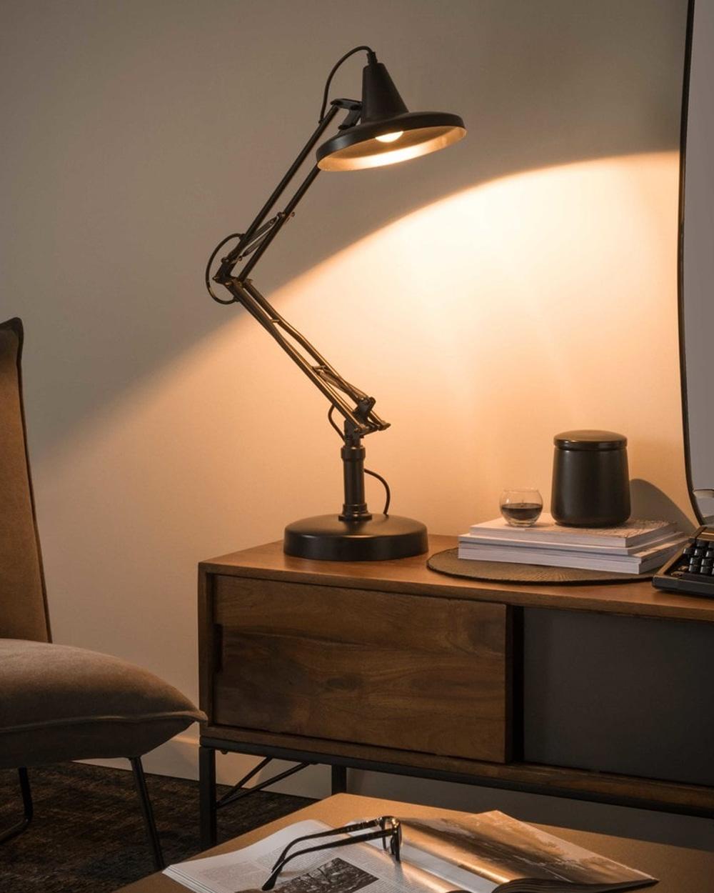 lampe de bureau atelier métal noir