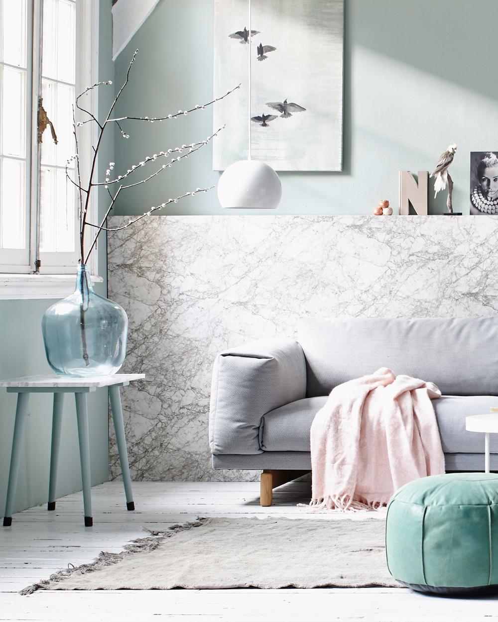 mur salon menthe et marbre