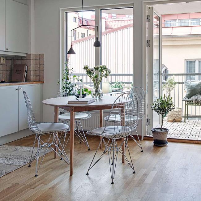 deco séjour salle à manger scandinave bois chaise métal