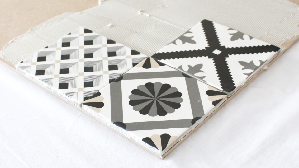 tete de lit diy carreaux ciment