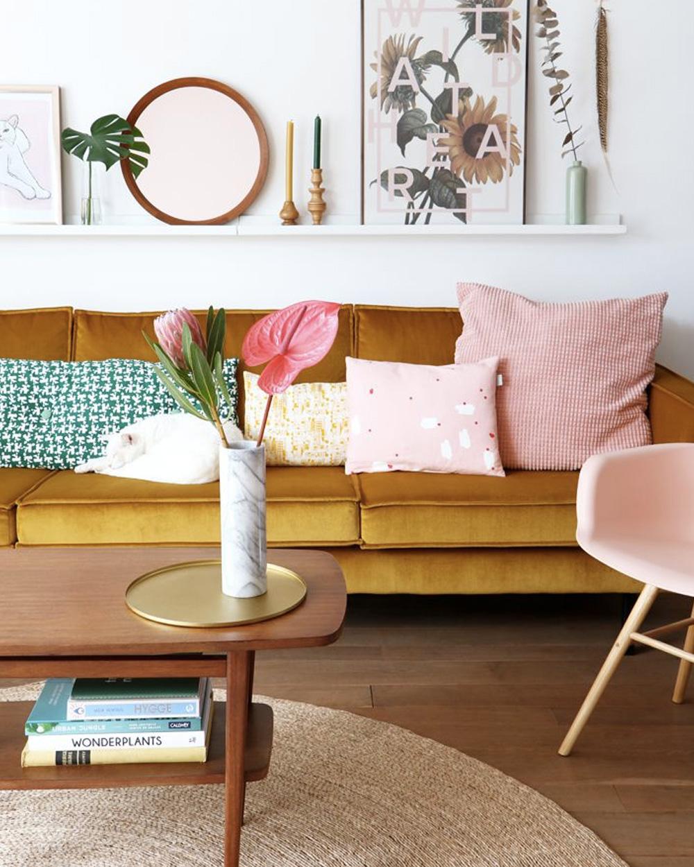 Deco Salon Rose Poudré associer le rose et le jaune dans sa déco | shake my blog