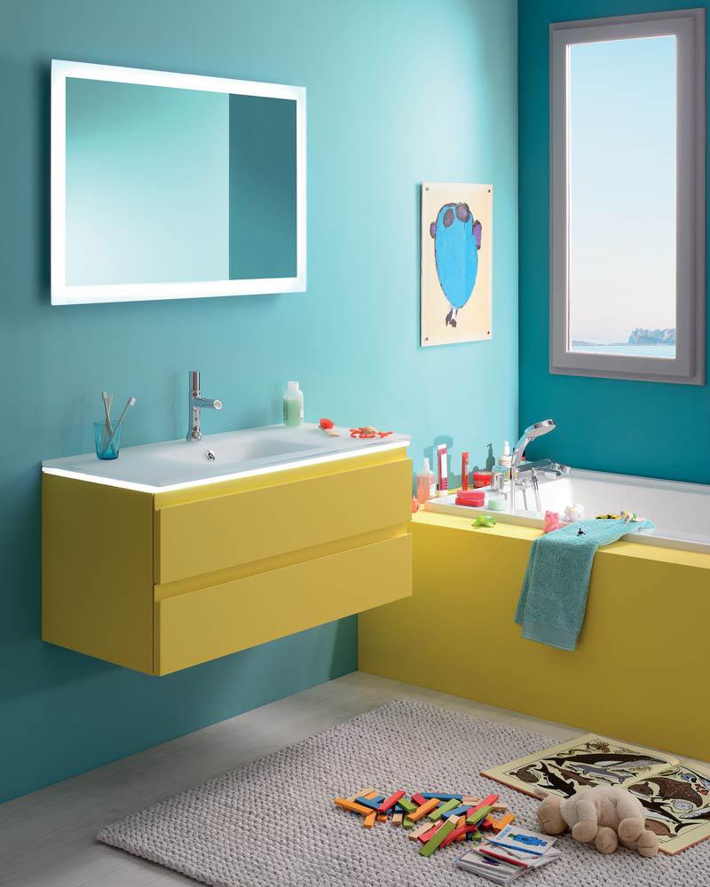 deco salle de bain familiale rangement jaune