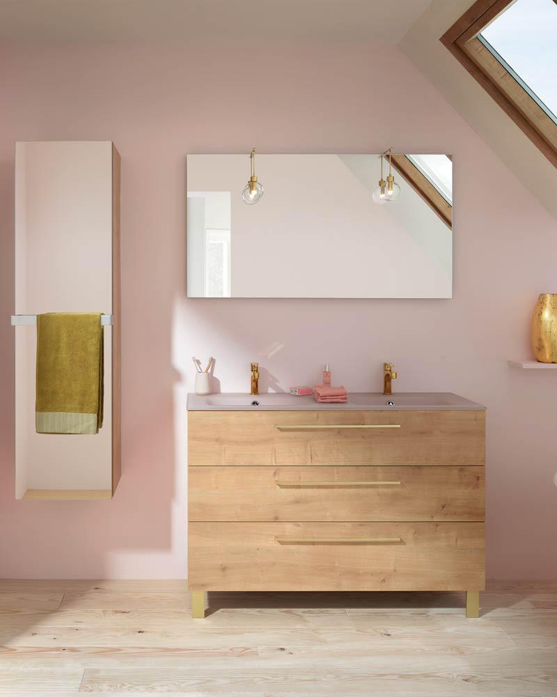 deco salle de bain familiale rangement bois cuivre