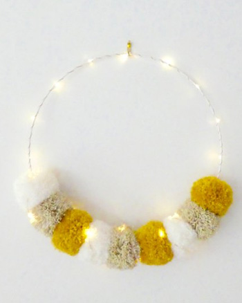 couronne pompons