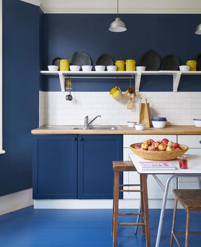 deco bleu fonce beige cuisine