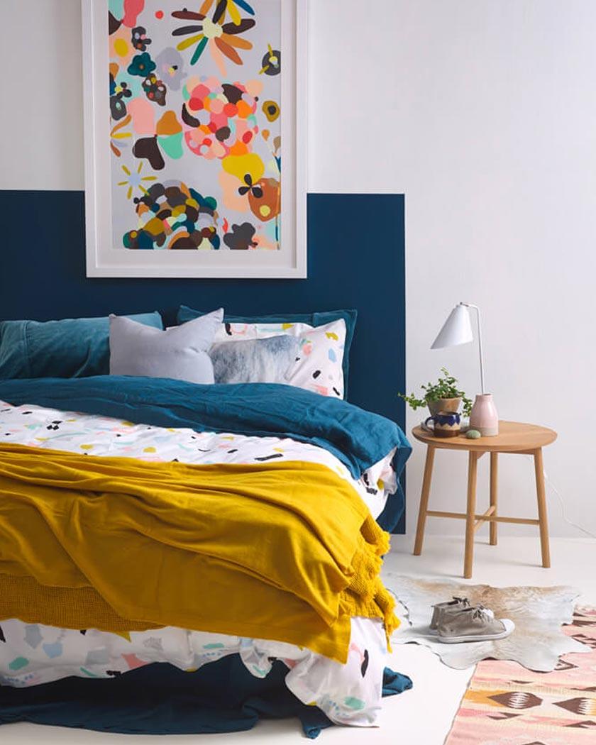 couleur jaune moutarde deco lit bleu canard housse couette terrazzo