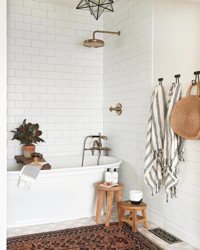 salle de bain deco carrelage métro blanc esprit bohème