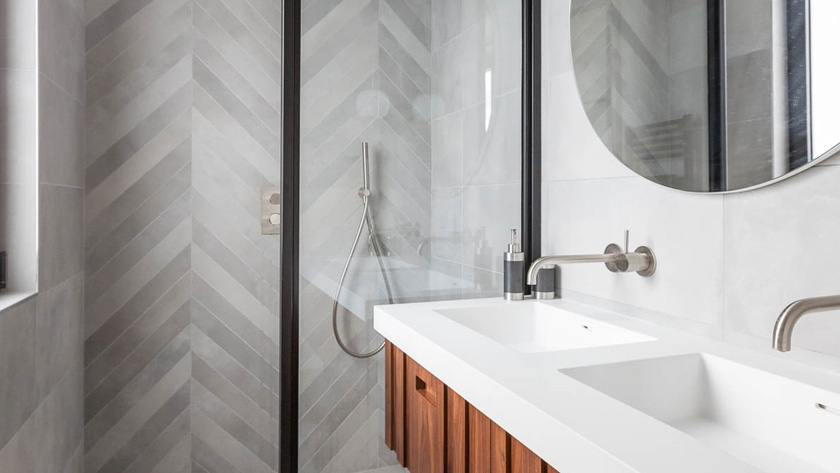 deco salle de bain moderne gris clair