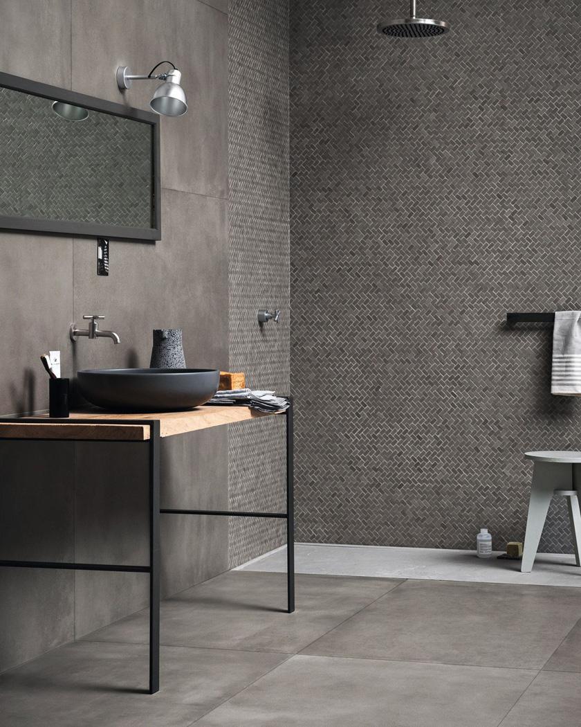 deco salle de bain moderne gris noir bois