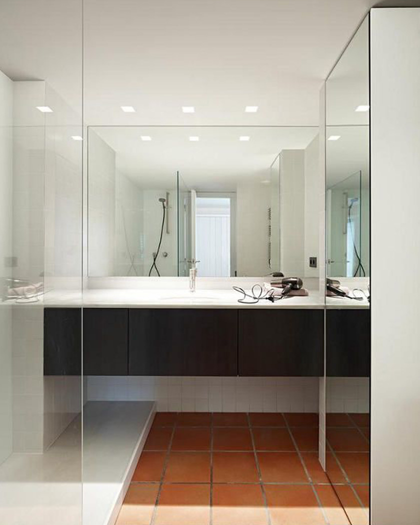deco sol terre cuite salle de bain contemporaine