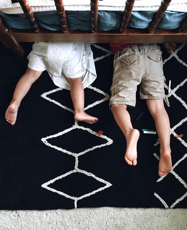 tapis enfant boheme ethnique noir blanc