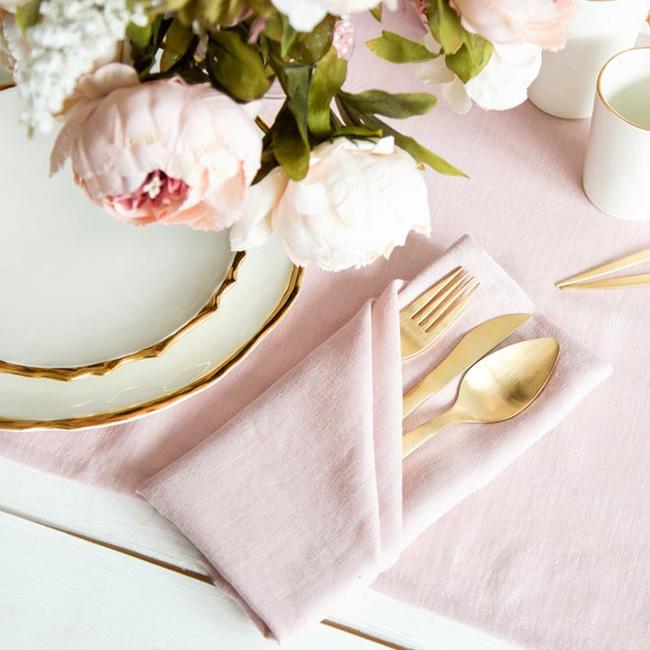 etsy cozy linen serviettes roses