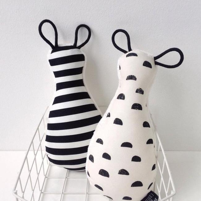 etsy accessoire bébé atelier juliette hochet moderne
