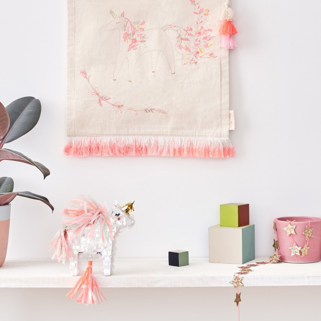 accessoire deco anniversaire licorne mini pinata