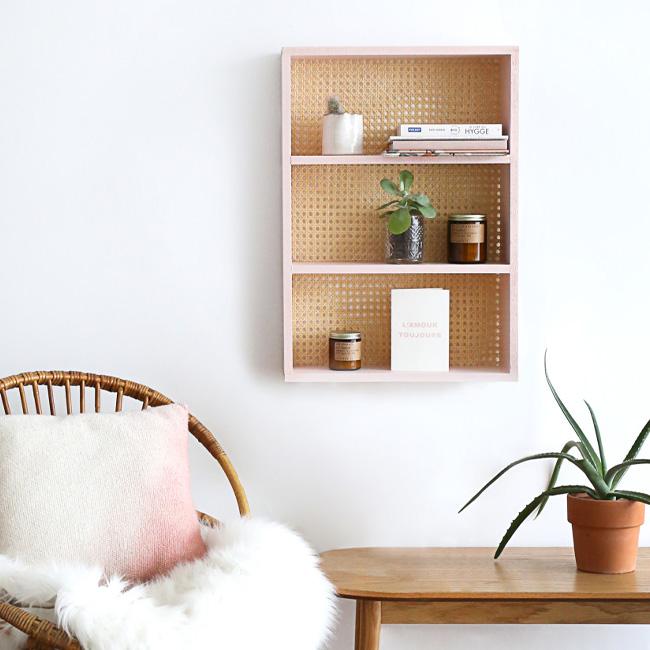 petit meuble cannage diy étagère murale rose