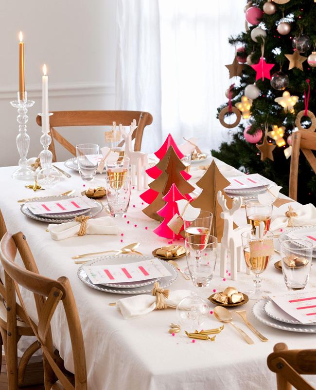 déco table noël rose et or créative