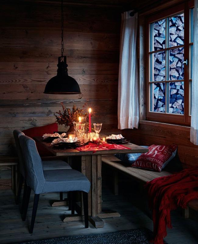 visite déco noel chalet rouge vert bois salle à manger