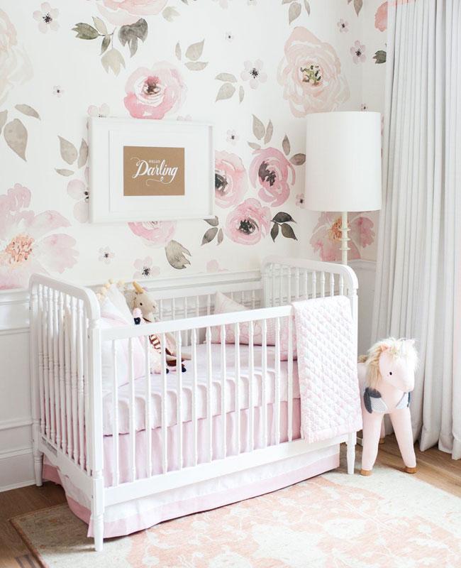 deco chambre bébé rose fille