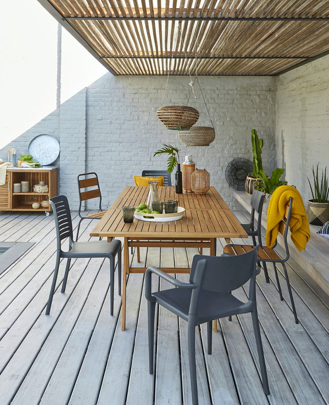 deco terrasse moderne naturelle table bois