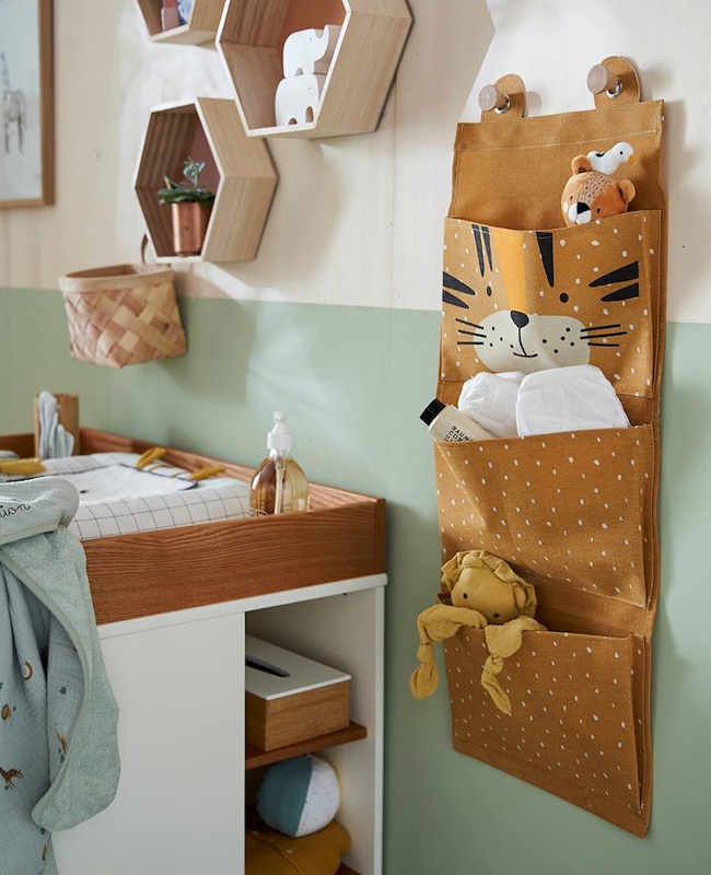 rangement mural tissu enfant tigre
