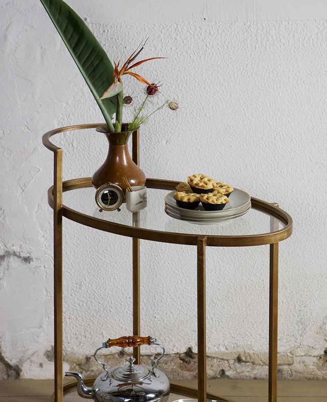 desserte roulette laiton antique