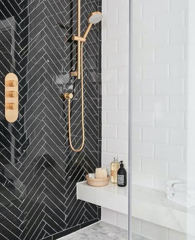 deco salle de bain douche zellige noir