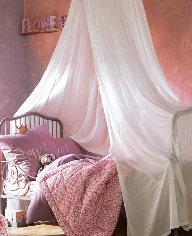 ciel de lit chambre bebe voile