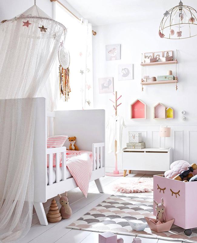 ciel de lit chambre bebe paillette rose