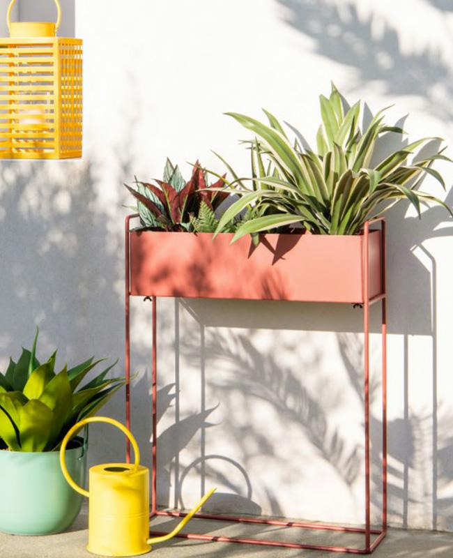 jardiniere sur pied metal terracotta