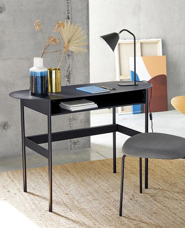 bureau ordinateur metal noir
